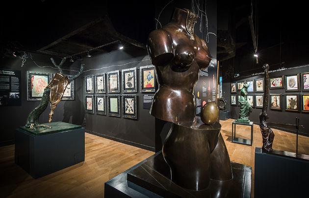 パリのダリ美術館