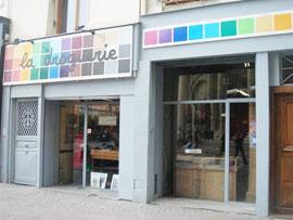 パリの手芸雑貨店 ラ・ドログリー